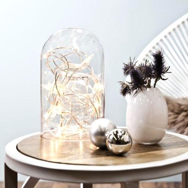 Dekoracje z lampek – 8 pomysłów